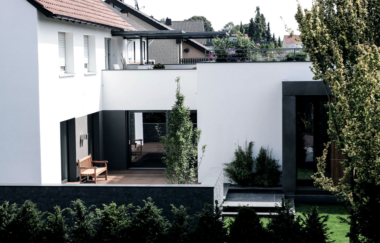 Anbau an ein Zweifamilienhaus
